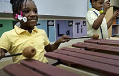 DCPS students playing new instruments